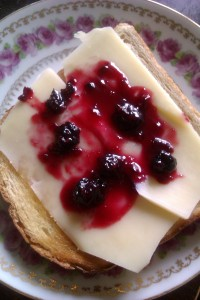 Toast, strong Swedish cheese and blackberry marmalade